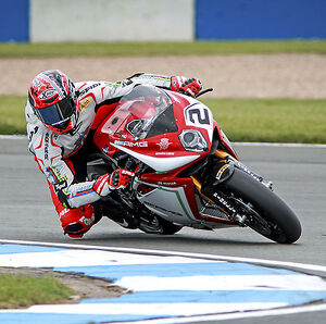 2015 World Superbike Round - Donnington Park, UK Leon Camier, MV Agusta 1000 F4