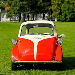 BMW Isetta 300 (Bubble Car)