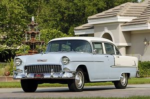 Chevrolet Bel Air 4-door Sedan, 1955, Blue, & white