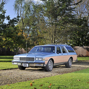 Chevrolet Caprice Estate, 1987, Blue, & brown