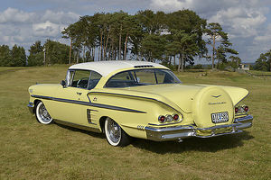 Chevrolet Impala 1958 Yellow white roof