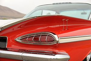 Chevrolet Impala Bubbletop (customised) 1959 Red & white