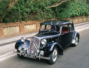 Citroen Traction Avant Light 15