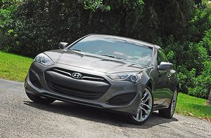 Hyundai Genesis Coupe R-Spec, 2013, Grey, metallic