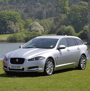 Jaguar JAG209 XF Estate 2014 Silver