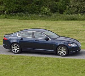 Jaguar XF 2010 Blue dark