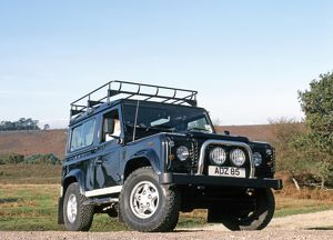 Land Rover Defender Lara Croft Tomb Raider