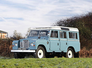 Land Rover Series 2, 1964, Blue, & white