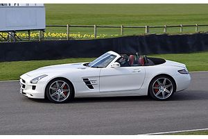 Mercedes-Benz SLS AMG Roadster, 2011, White