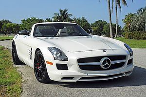 Mercedes-Benz SLS AMG Roadster, 2012, White
