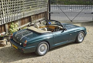 MG RV8, 1995, Green, metallic