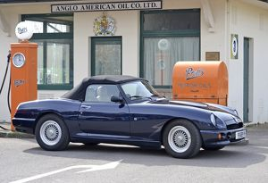 MG RV8 1998 Blue dark
