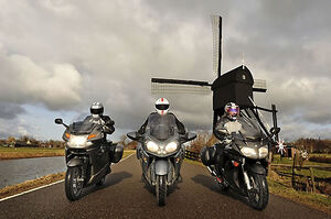 Motorbikes on the road BMW K1300GT Yamaha