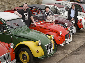 Owners with Citroen 2CVs