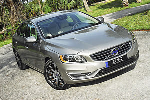 Volvo S60 T5 Inscription 2-litre Turbo, 2016, Silver