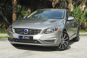 Volvo S60 T5 Inscription 2-litre Turbo 2016 Silver