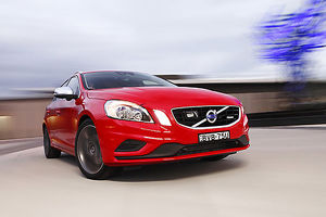 Volvo V60 T6 AWD 2011 Red